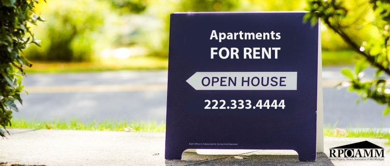 apartments for rent open house sign